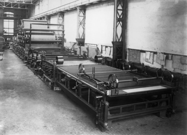 Voith Papiermaschine in der Fertigung in Heidenheim um 1895 (c)